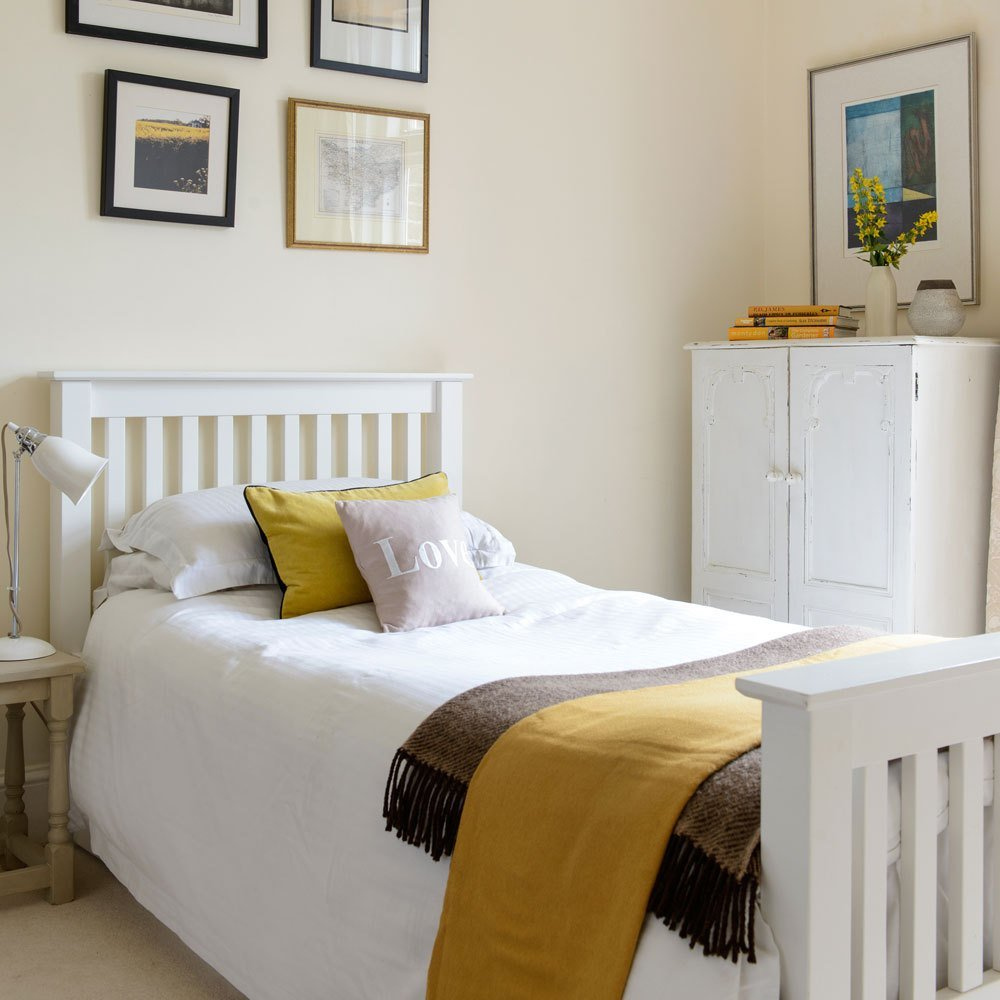 Best Make A Single Bedroom Special With A Super Stylish With Pictures