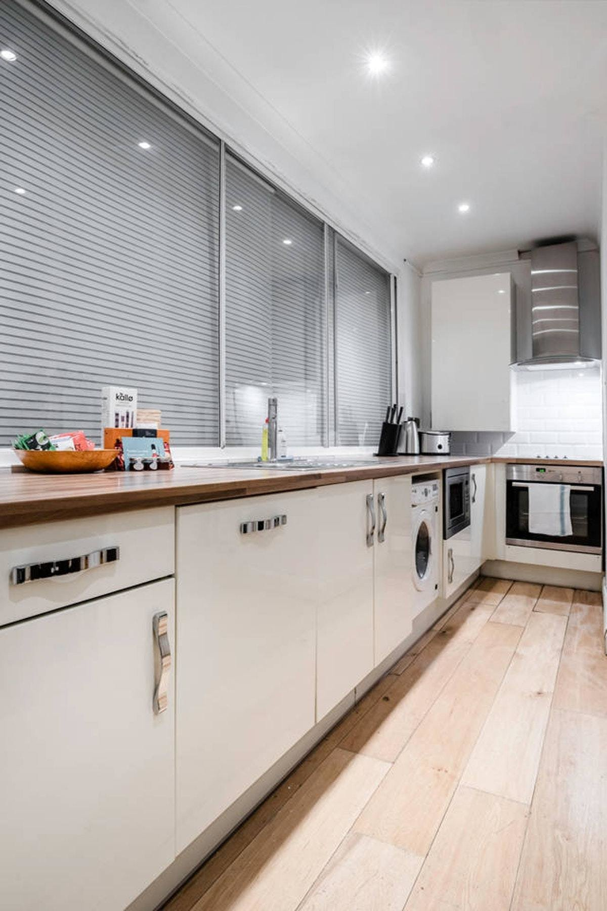 Best Old Compton Street Soho Two Bedroom Apartment Onetyone With Pictures