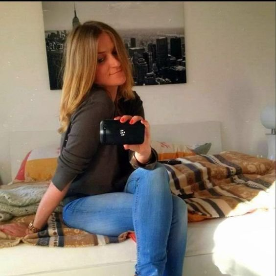 Best Hamburg Blond And Smartphone On Pinterest With Pictures