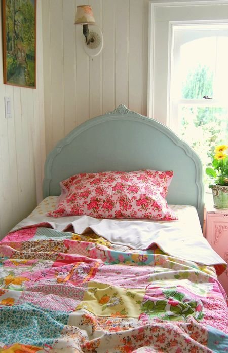 Best Summer Bedroom Vintage Twin Bed Patchwork Quilt With Pictures