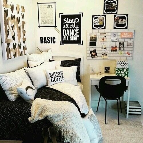 Best 25 Best Ideas About Small T**N Bedrooms On Pinterest Small Girls Bedrooms Tween Bedroom With Pictures