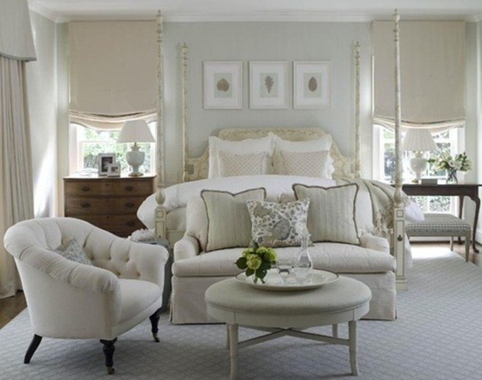 Best Love Seat And Chair At Foot Of Bed As A Small Sitting Area With Pictures