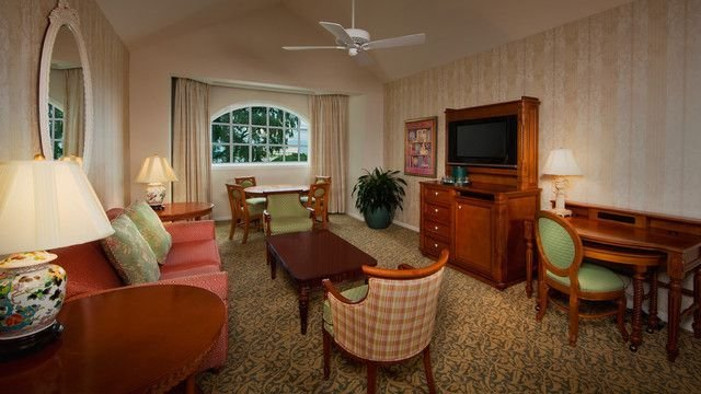 Best Disney S Grand Floridian Resort Spa Outer Building 1 Bedroom Suite 2 Queen Beds And 1 Double With Pictures