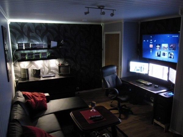 Best 25 Best Ideas About Computer Rooms On Pinterest Green Study Desks Computer Room Decor And With Pictures