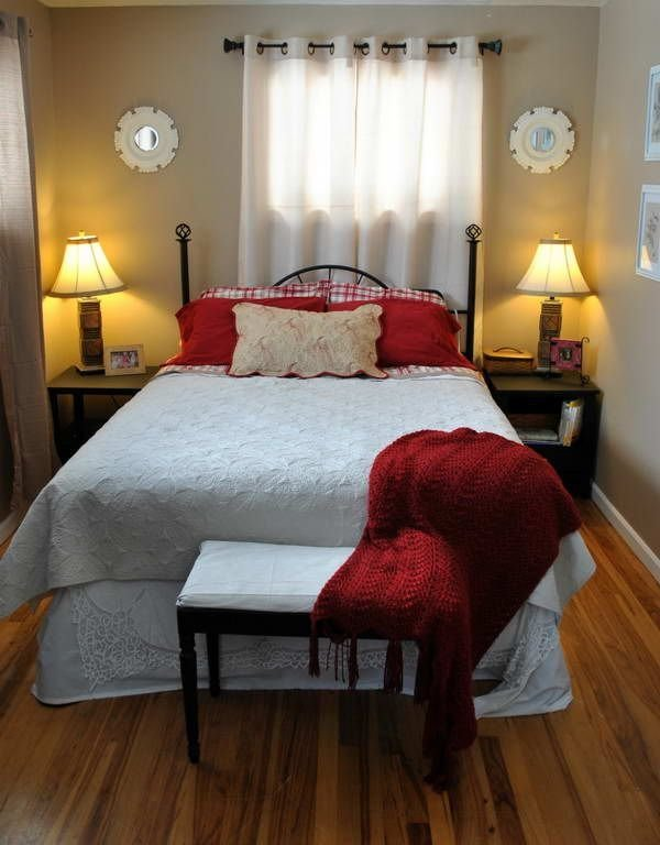 Best 25 Very Small Bedroom Ideas On Pinterest With Pictures