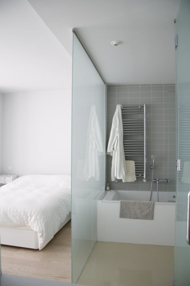 Best Frosted Glass Divider Between Bedroom Bathroom Home With Pictures