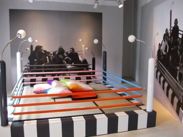 Best Milan 2009 Boxing Ring Bed Boy Beds The O Jays And Memphis With Pictures