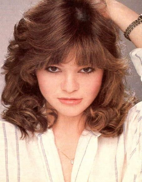 Free Valerie Bertinelli Tv Glamour Of The Late 70S And Early Wallpaper