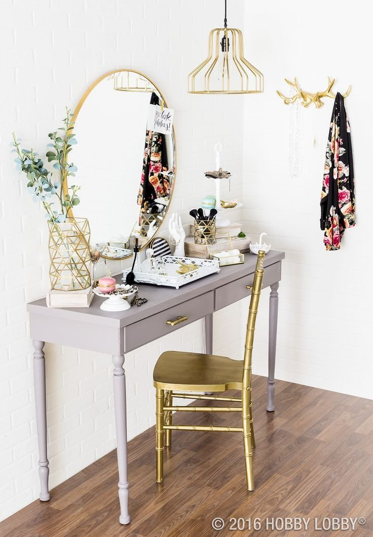 Best 25 Best Ideas About Small Vanity Table On Pinterest Vanity For Bedroom Bedroom Dressing With Pictures