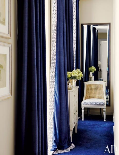 Best Timothy Whealon Transforms A Monte Carlo Home Into A Light Filled Oasis Royal Blue Curtains With Pictures
