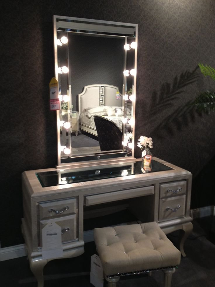 Best 25 Best Ideas About Mirror With Light Bulbs On Pinterest Lighted Mirror Vanity With Lights With Pictures