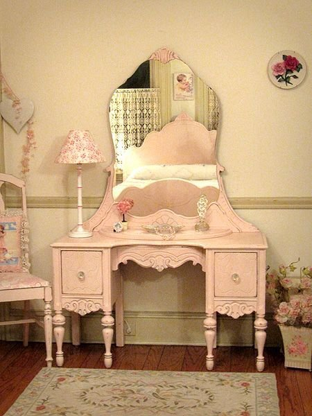 Best Pretty In Pink Vanity With Mirror And Chair Closet With Pictures