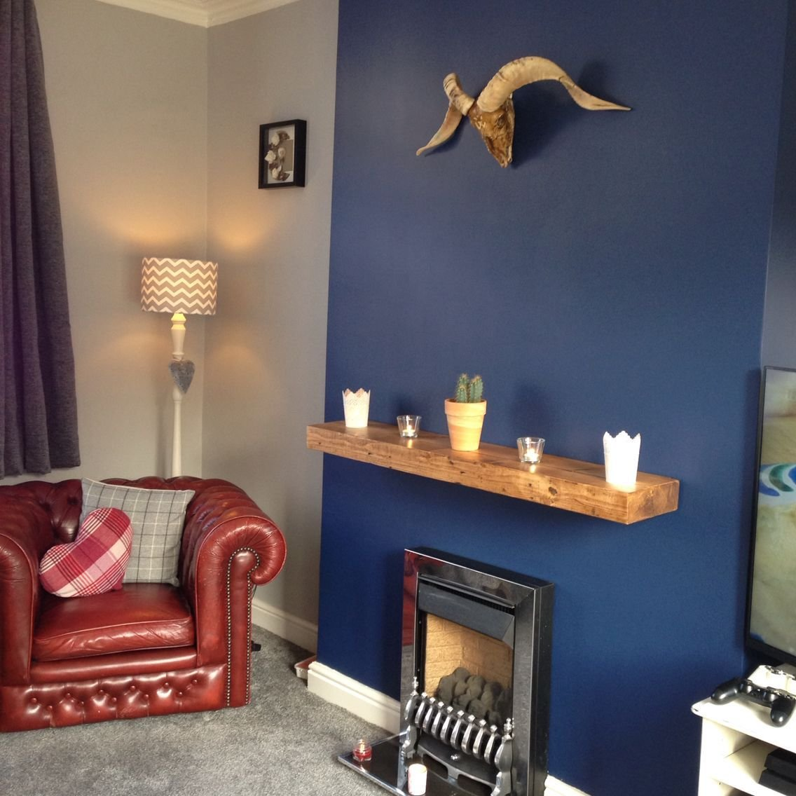 Best Sapphire Salute Chic Shadow Feature Wall Navy And With Pictures