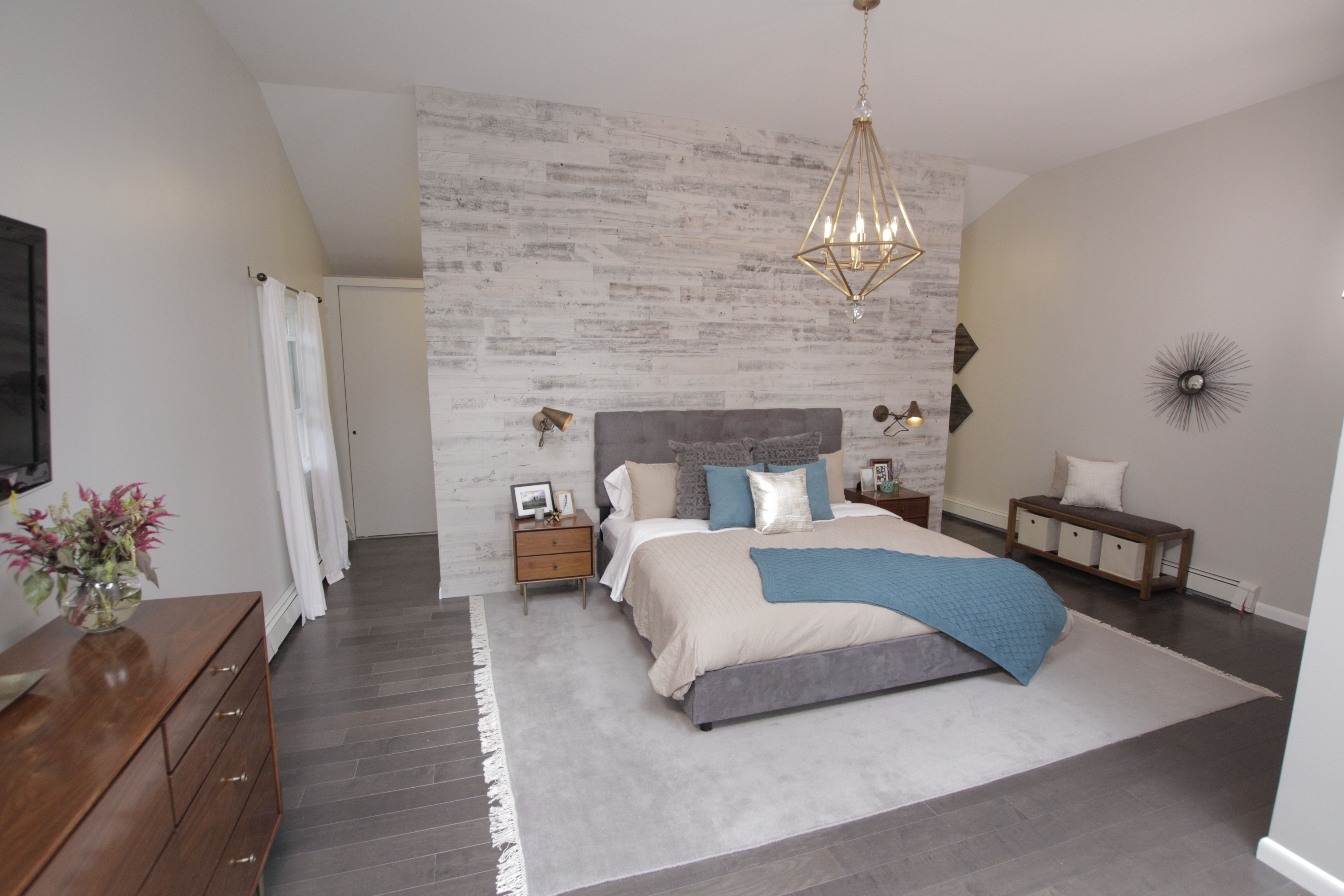 Best Marc And Ashleigh S Master Bedroom From Property Brothers Showcases The Savoy House Tekoa With Pictures