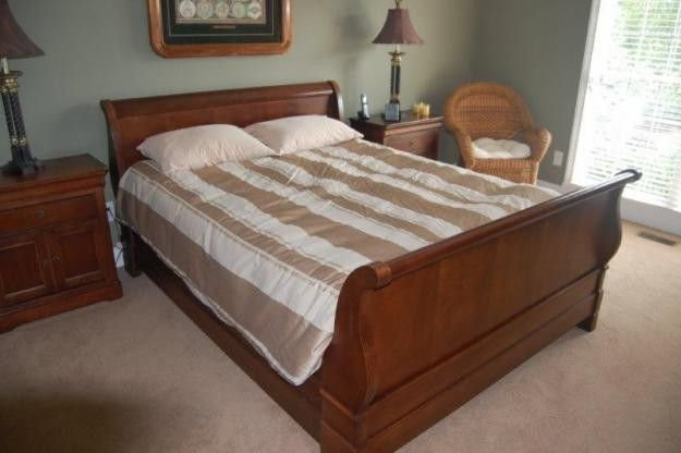Best National Mt Airy Queen Bedroom Set For Sale In Harned With Pictures