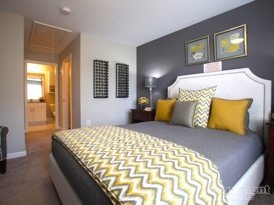 Best We Love This Yellow Gray Palette In This Bedroom With Pictures
