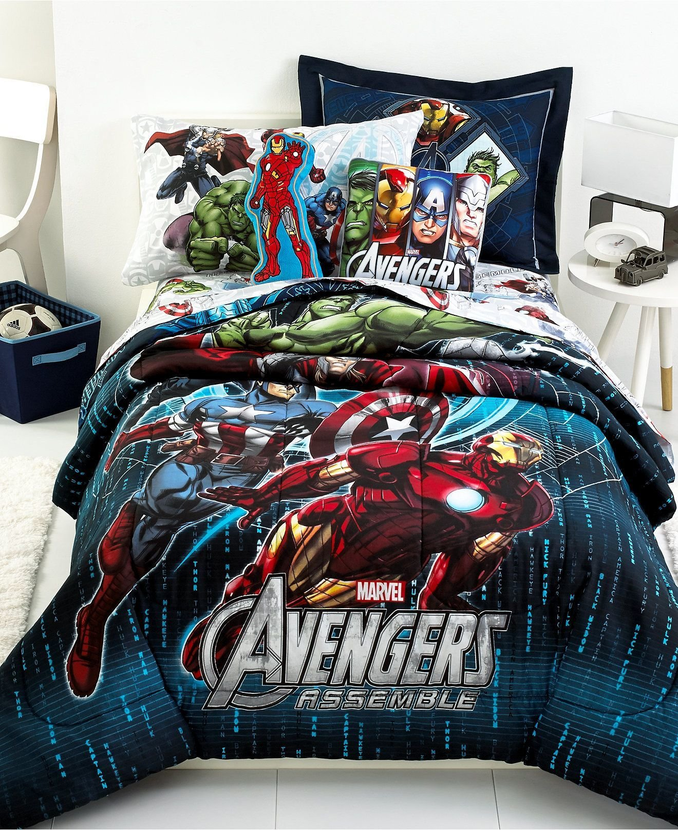 Best The Whole Gangs Here Iron Man Captain America Hulk And With Pictures