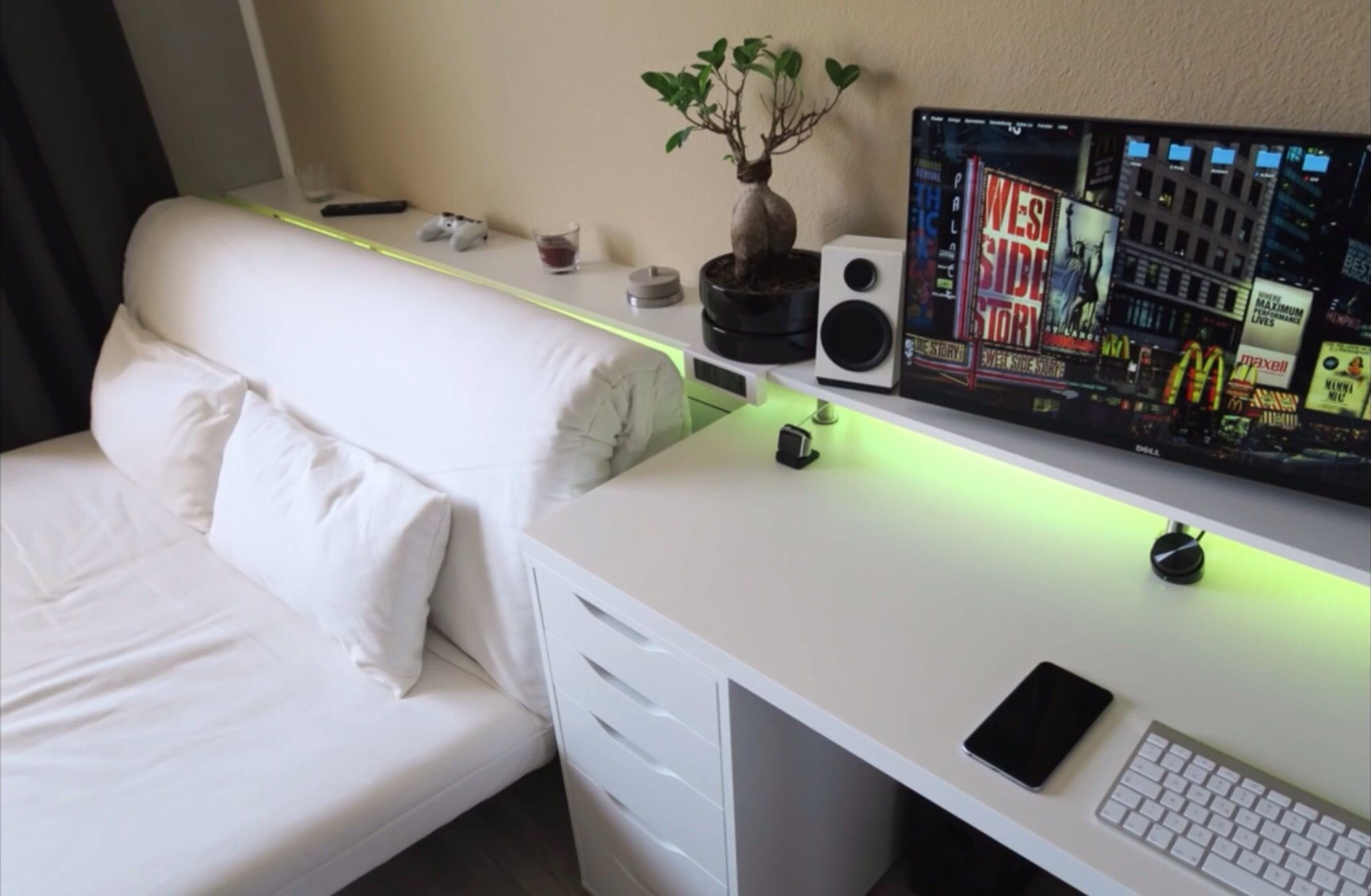 Best Bedroom Gaming Setup Tech Pinterest Gaming Setup With Pictures