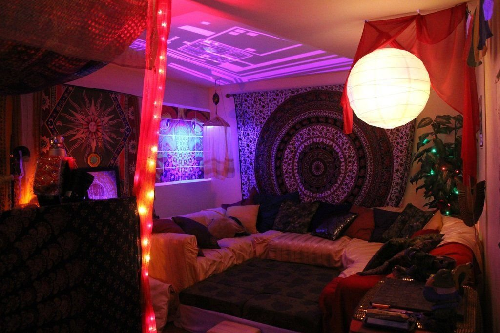 Best Perfect Chill Out Smoke Room Chill Room Music Rooms With Pictures