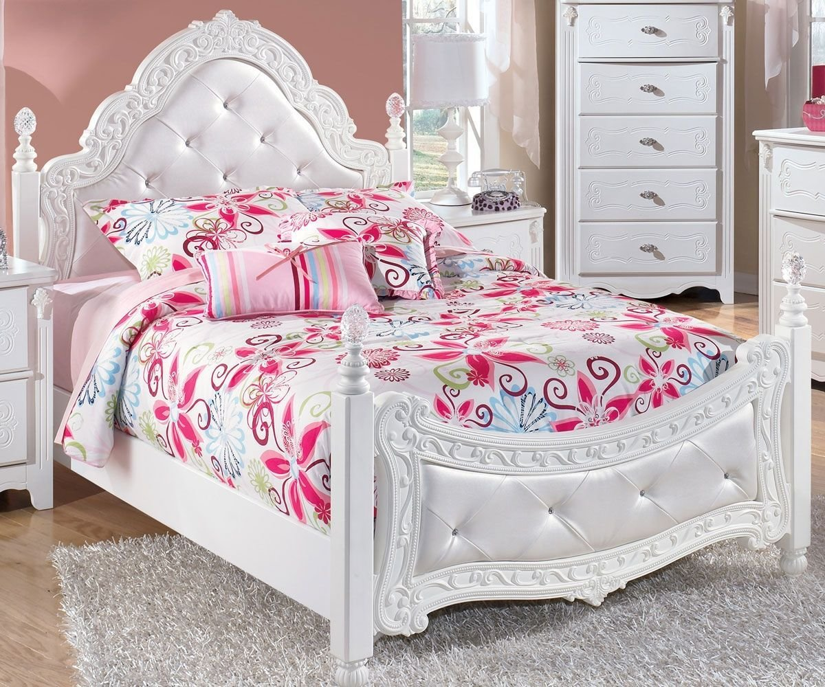 Best Exquisite Full Size Poster Bed By Ashley Furniture White With Pictures