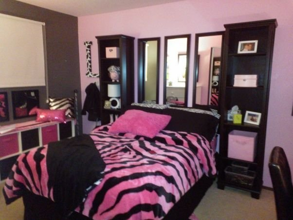 Best Pink And Black Bedroom Little Girl To Tween Pink And With Pictures