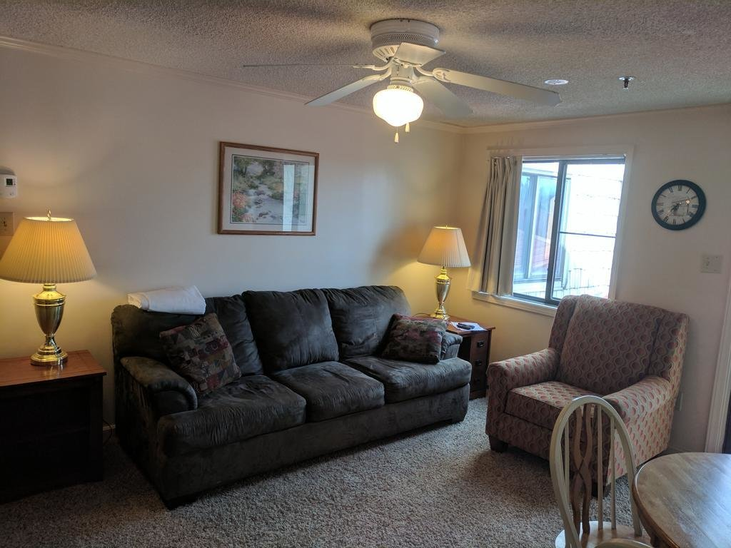 Best 1 Bedroom Condo Unit 237 Snowshoe Wv Booking Com With Pictures