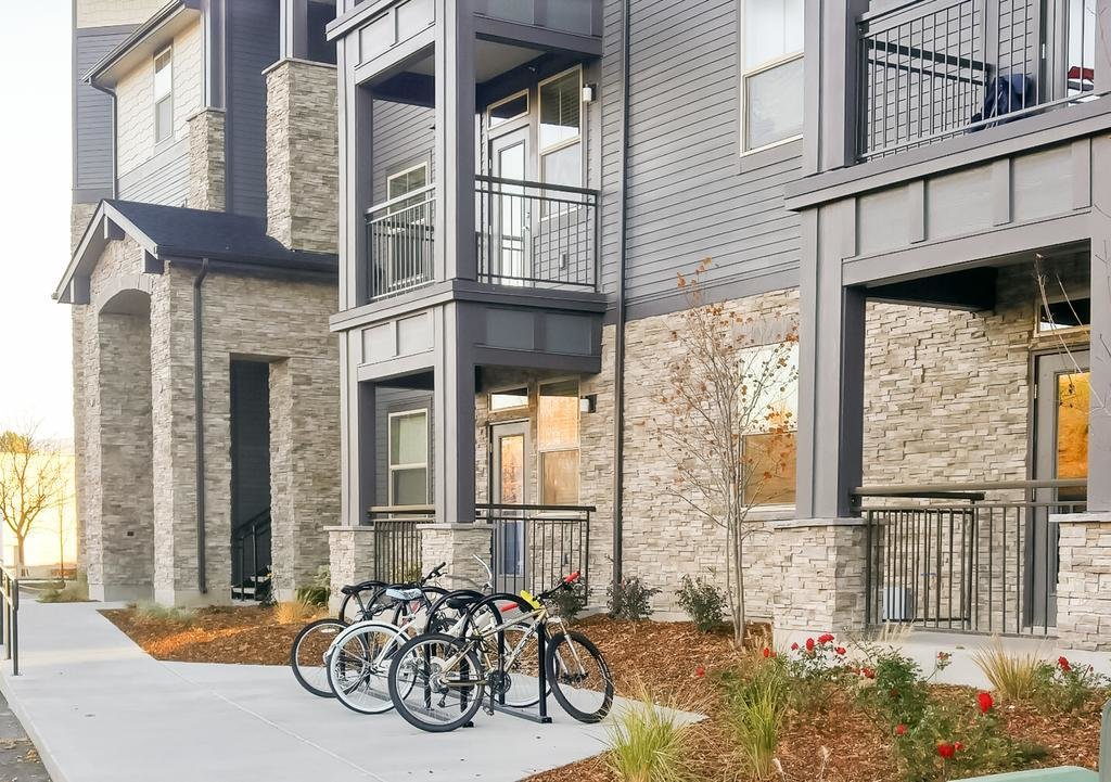 Best Apartment The District At Parkcenter 2 Bed 2 Boise Id With Pictures