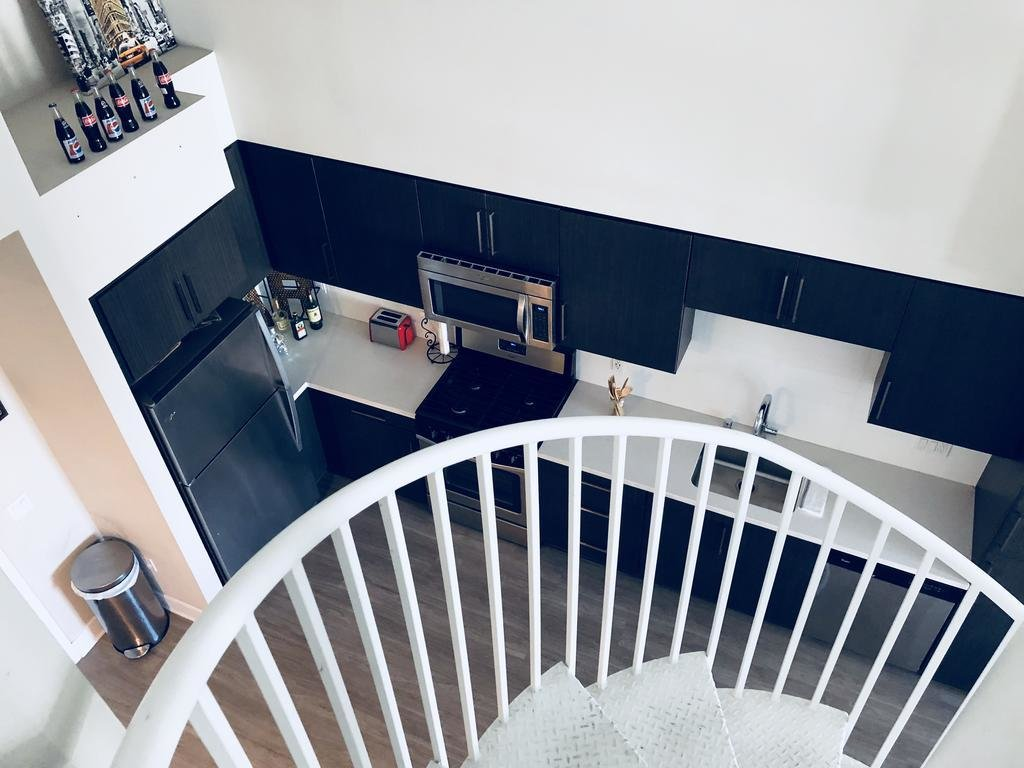 Best Apartment 2 Story Loft Los Angeles Usa Booking Com With Pictures