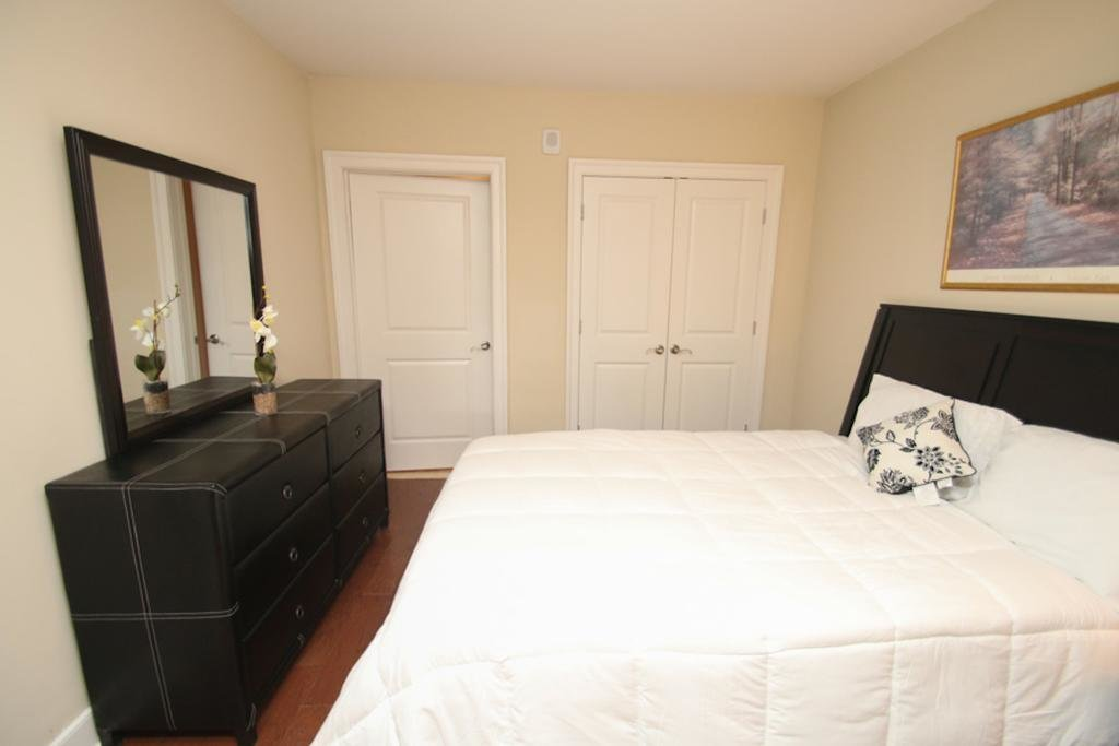 Best Apartment Contemporary 2 Bedroom Rittenhouse Philadelphia Pa Booking Com With Pictures