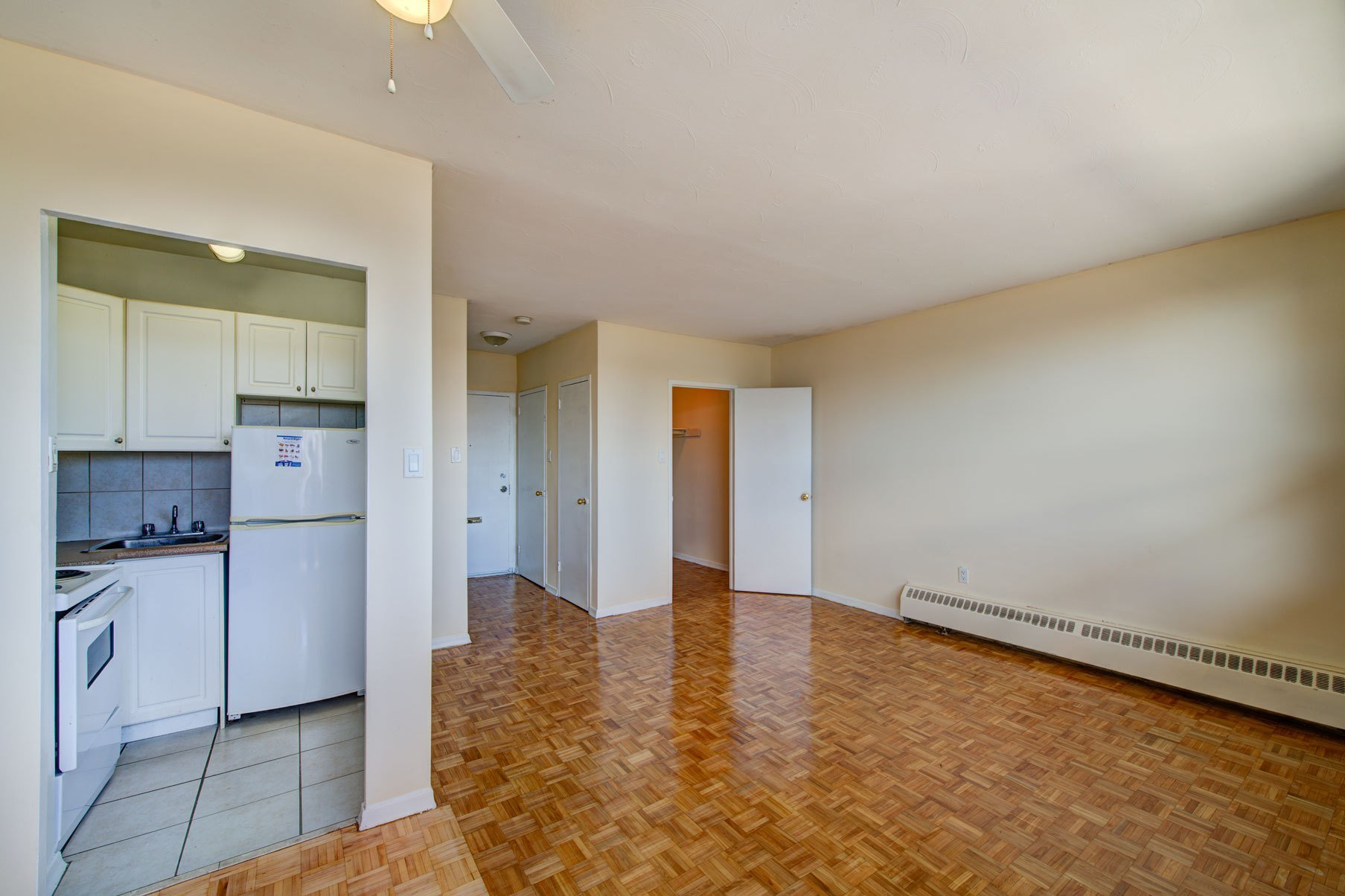Best Bristol Arms Apartments Dixie And Bloor Mississauga With Pictures
