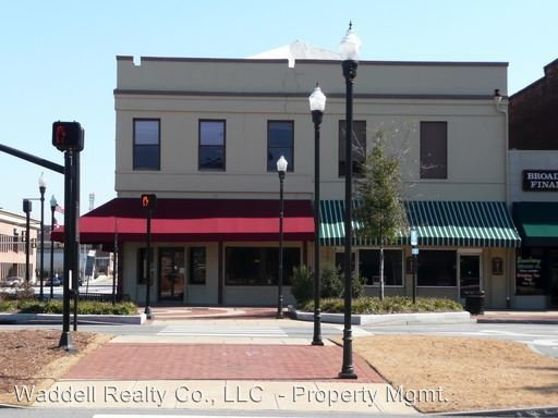 Best 1250 Broadway Columbus Ga 31901 1 Bedroom Apartment For Rent Padmapper With Pictures