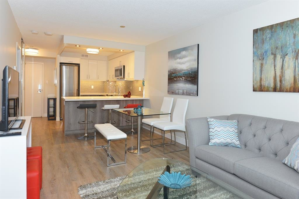 Best 390 Queens Quay West Toronto On M5V 3A6 1 Bedroom Apartment For Rent Padmapper With Pictures Original 1024 x 768