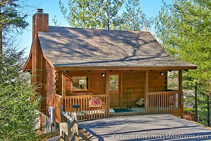 Best Pigeon Forge Cabin Privacy Cabin 1 Bedroom Sleeps 2 With Pictures