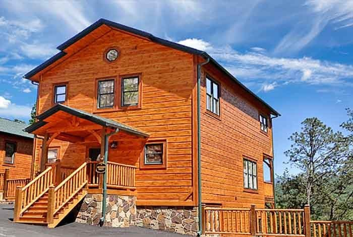 Best Gatlinburg Cabin Tennessee Walt S 4 Bedroom Sleeps 12 Swimming Pool Access Home Theater With Pictures