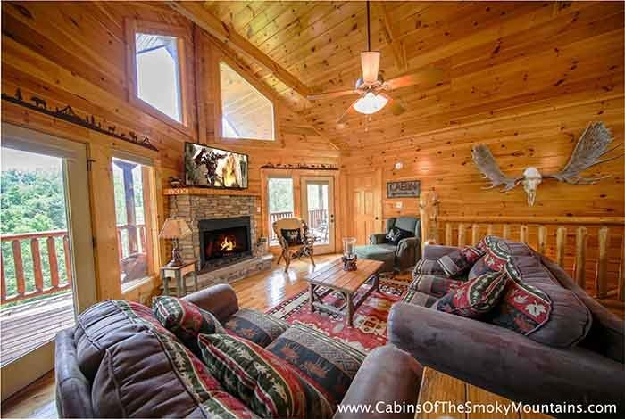 Best Pigeon Forge Cabin Knotty But Nice 4 Bedroom Sleeps 12 With Pictures