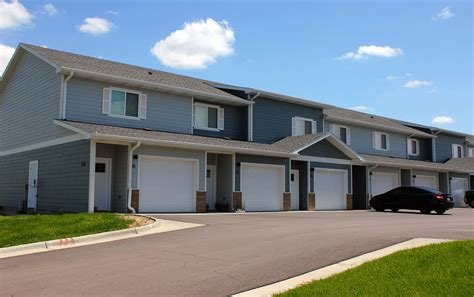 Best Apartment List Wonderful 3 Bedroom Apartments In Sioux With Pictures