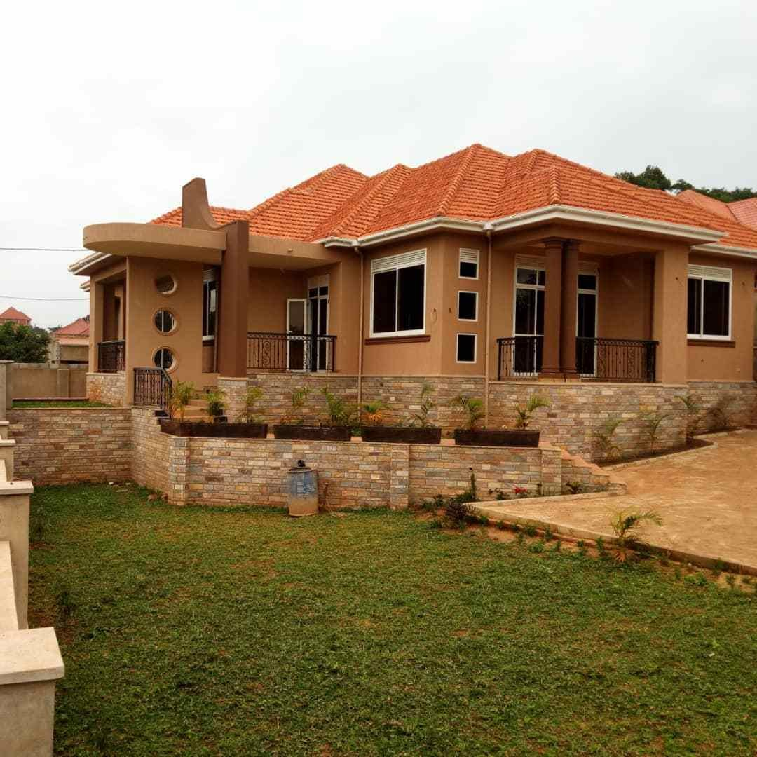 Best 4 Bedroom House For Sale In Kira With Guest Wing On 30 With Pictures