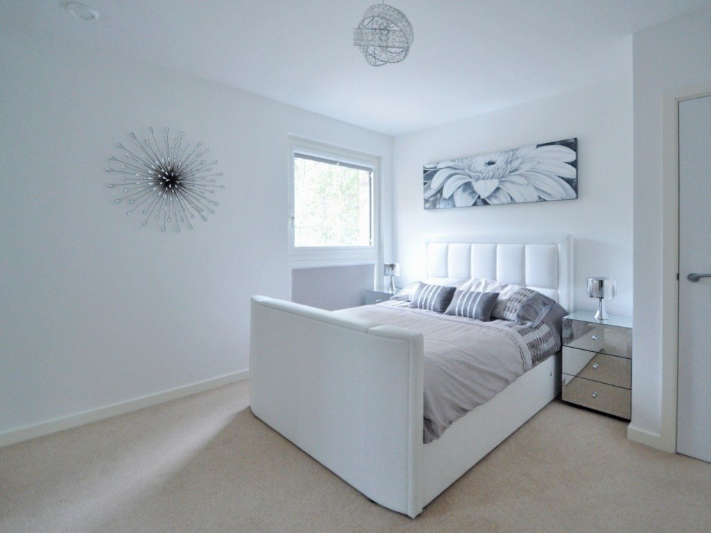 Best Buy A 2 Bedroom Flat In Nyland Court Naomi Street Se8 London With Pictures