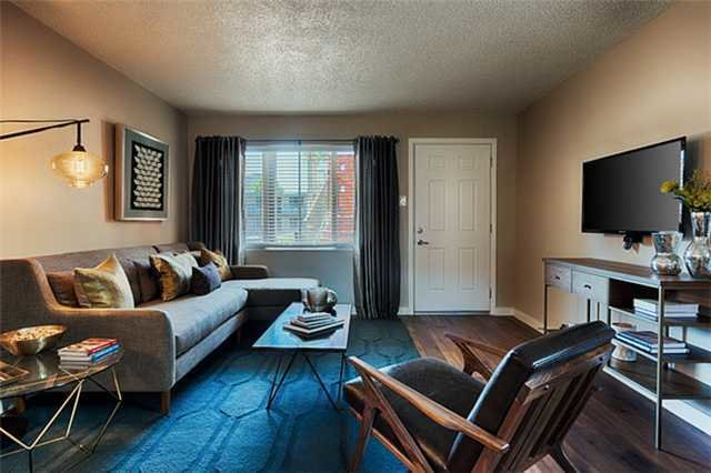 Best Club 7 Everyaptmapped Phoenix Az Apartments With Pictures