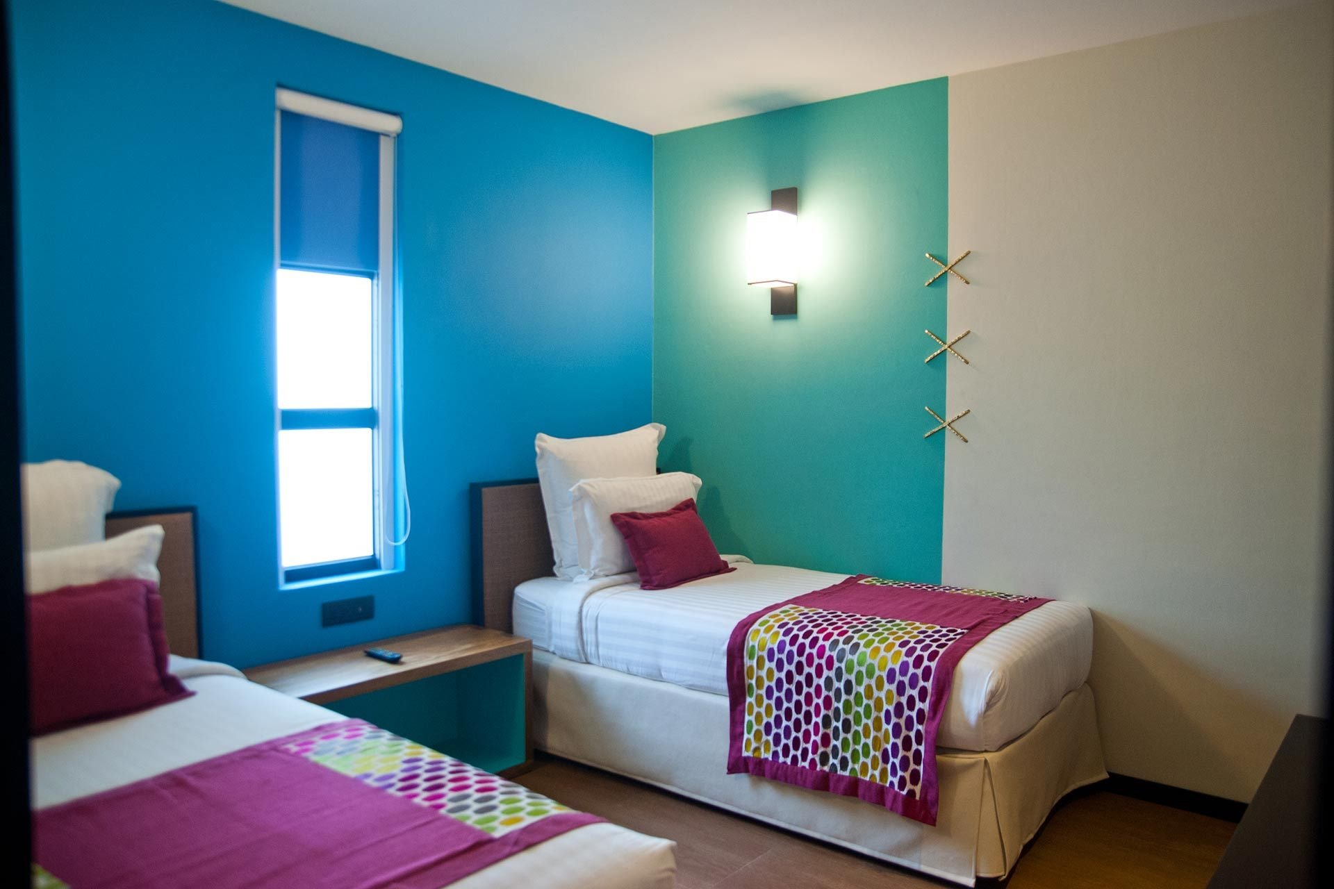 Best Hotels With Two Bedroom Family Suites Family With Pictures
