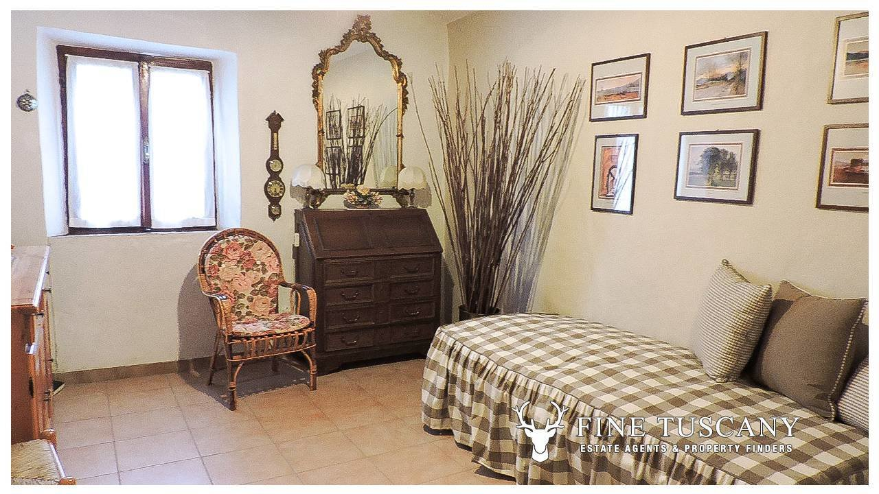 Best Bargain One Bedroom Apartment For Sale In Tuscany Italy Finetuscany Com With Pictures