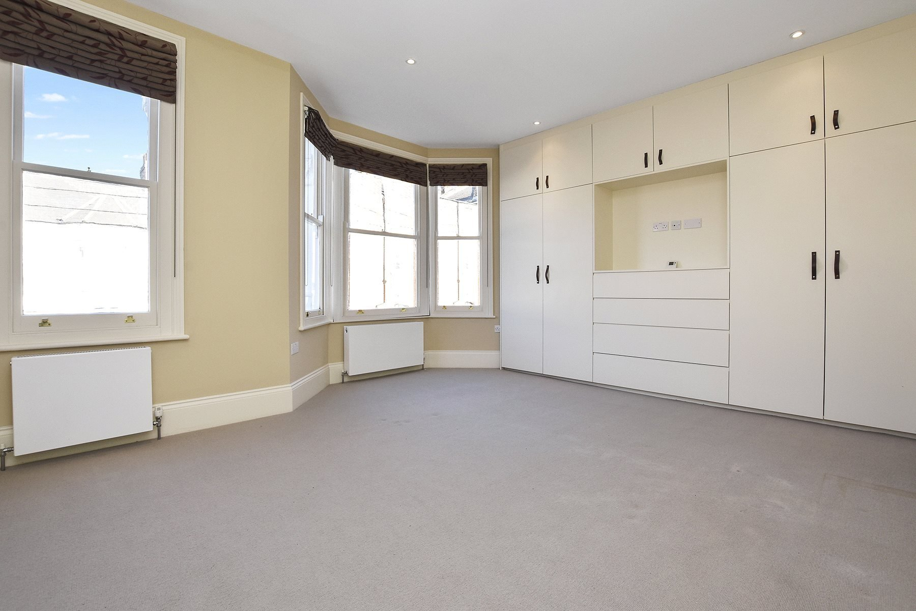 Best 5 Bedroom House To Rent In Bolton Gardens London Nw10 With Pictures