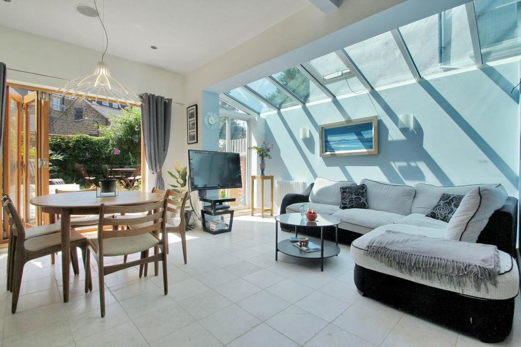 Best 2 Bedroom Apartment To Rent In Glengall Road West With Pictures