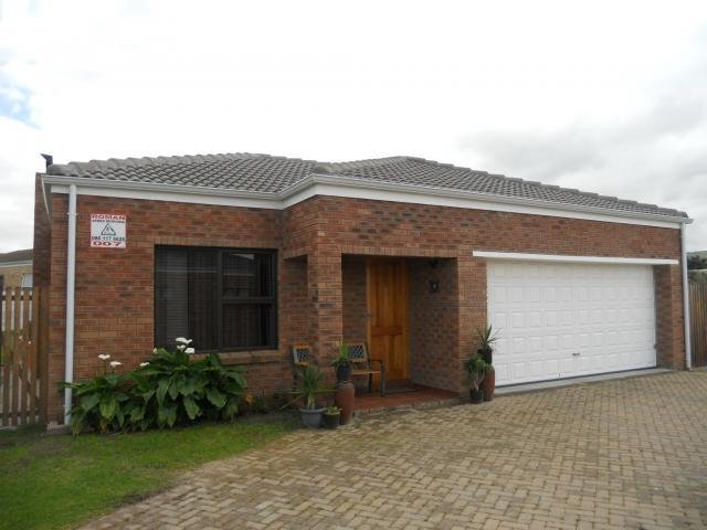 Best 3 Bedroom House For Sale For Sale In Kuils River Home Sell Mr097068 Myroof With Pictures