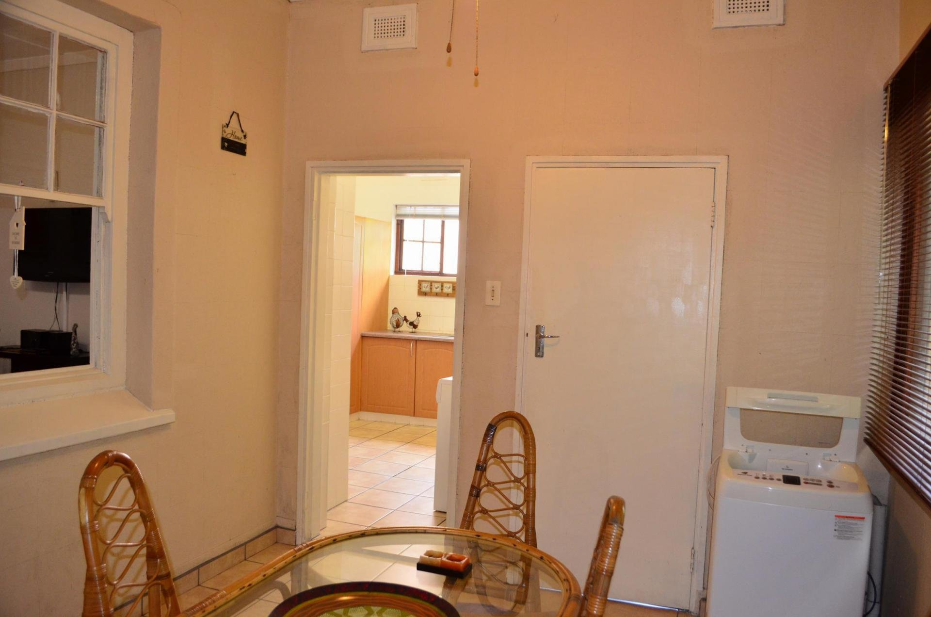 Best 2 Bedroom Apartment For Sale For Sale In Margate Home With Pictures