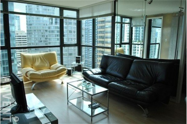 Best The Lions 2 Bedroom Apartment Rental Downtown Vancouver With Pictures