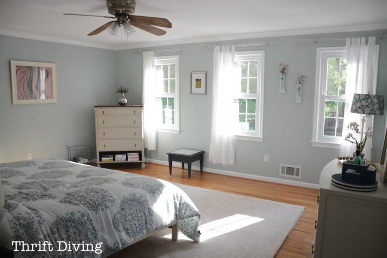 Best How To Install Crown Molding In Your Bedroom Diy Project With Pictures