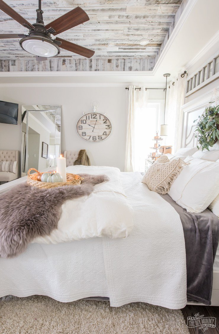 Best Cozy Easy Fall Bedroom Decorating Ideas The Diy Mommy With Pictures