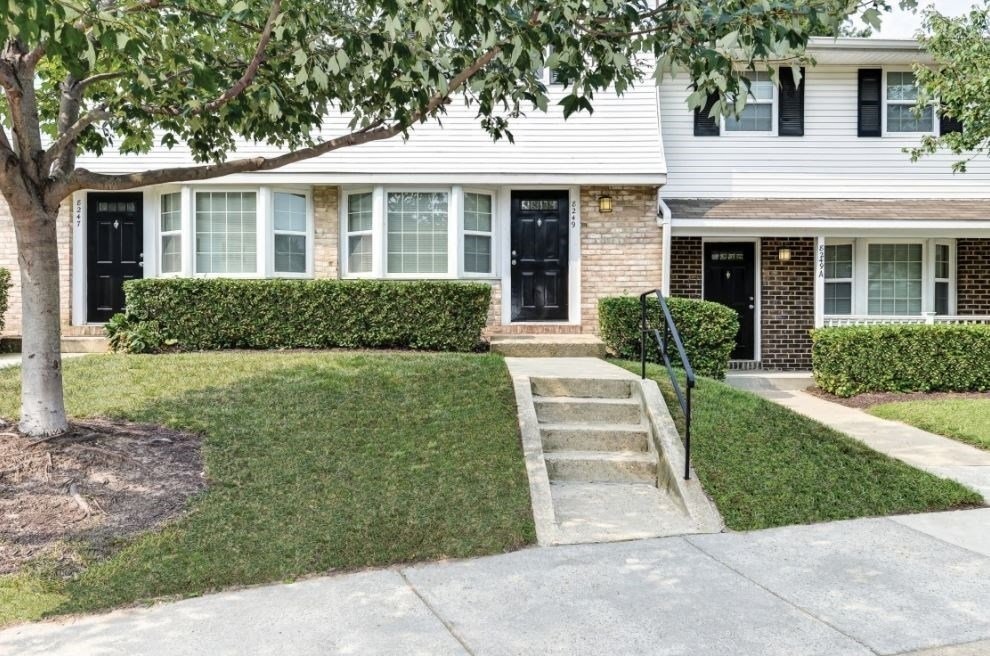 Best Two And Three Bedroom Townhomes And One And Two Bedroom With Pictures