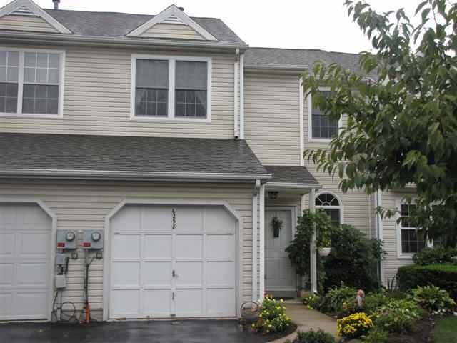 Best 3 Bedroom 2 5 Bath Town Home For Rent In Harrisburg 3 With Pictures